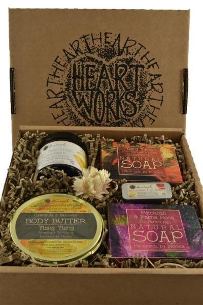 Gift set natural soap, face cream, body butter n lip balm
