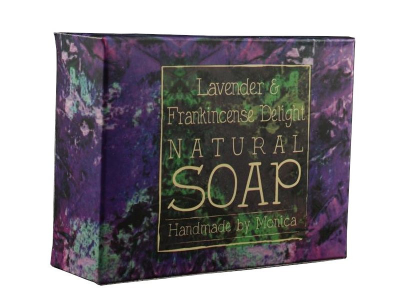 palm-free-natural-soap-lavender-frankincense-3-1