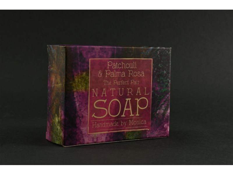 palm-free-natural-soap-patchouli-and-palma-rosa-2