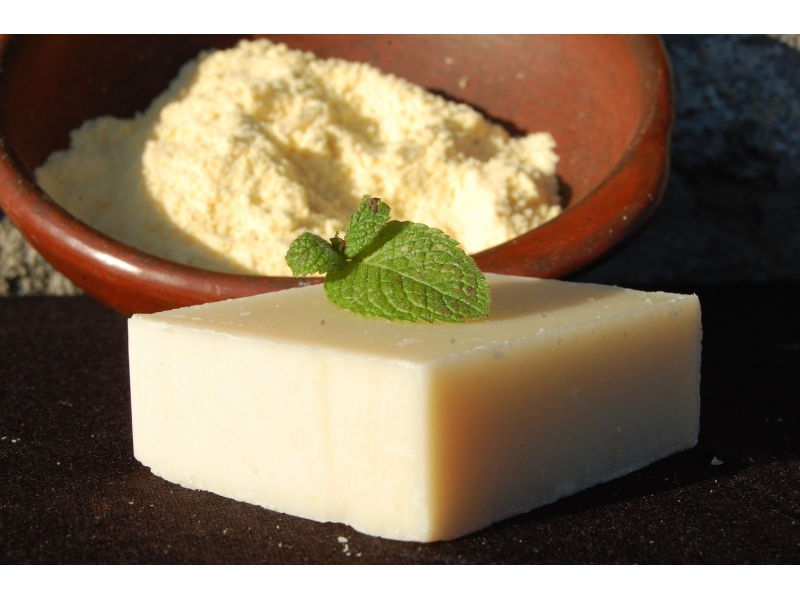 peppermint-with-cornmeal-soap