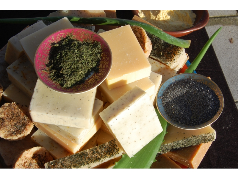 poppy-seeds-in-our-natural-soap