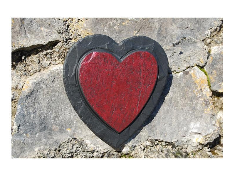red-heart-on-slate